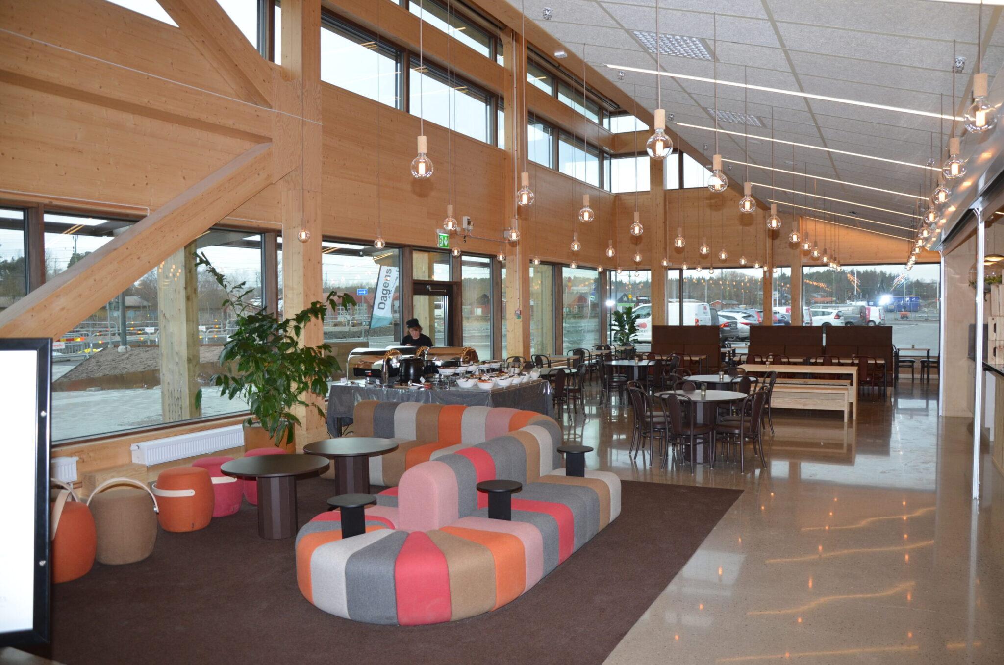 CIK arena skyddas med QVFR Flamskyddslack för trä
